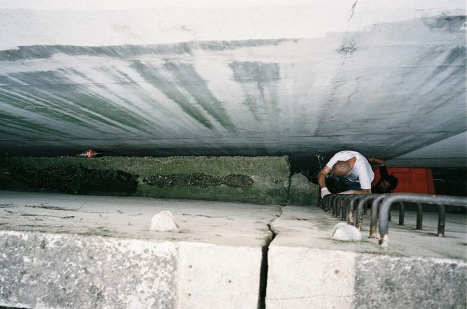 Horfe_Ken-Sortais_Swimming-pool_Graffiti_01